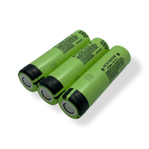3-paks Kvalitets genopladeligt 18650 batteri fra Panasonic